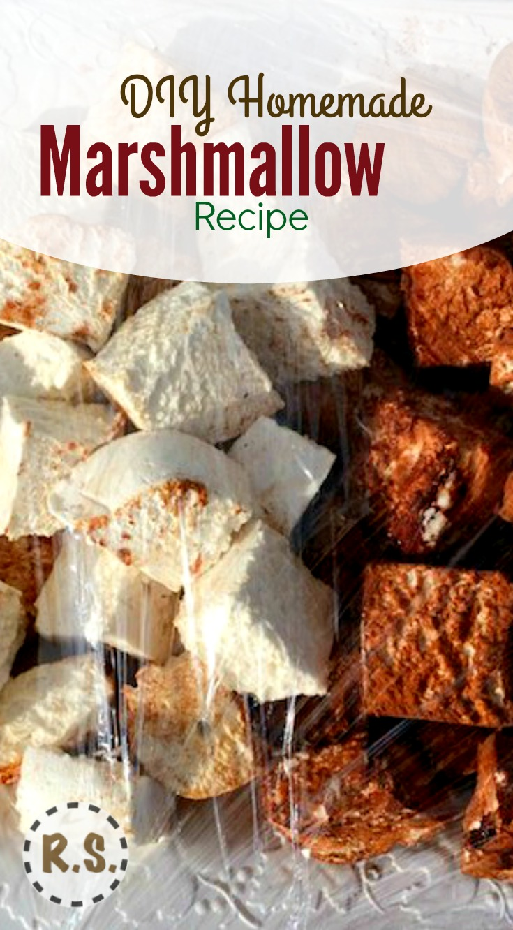 Enjoy this healthy marshmallow recipe! Made with honey, vanilla, and gelatin that is really good for you! This is WAY better than the junk that you can get at the store. They are really easy to make!