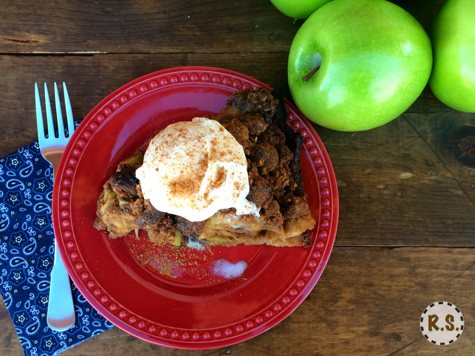 Savor the rich flavors in this dutch apple pie. The warm apple filling, to its rich crumble topping. Every bite of this pie will make you see how healthy and gluten free tastes the best!